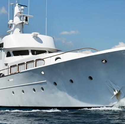 produit_yacht_hire-422x419_1_1